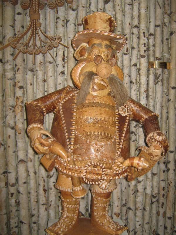 «Карабас-Барабас» из бересты – экспонат музея © Алёна Груя