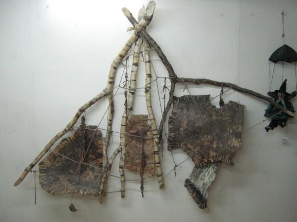 Панно на стене Комнаты страха в музее © Алёна Груя