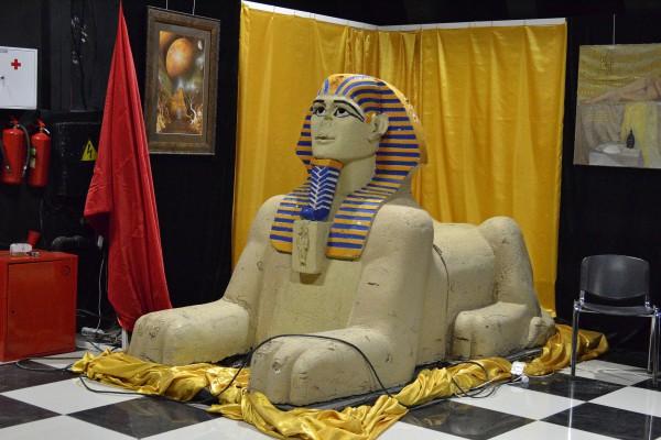 Статуя, изображающая сфинкса – экспонат музея © Алёна Груя