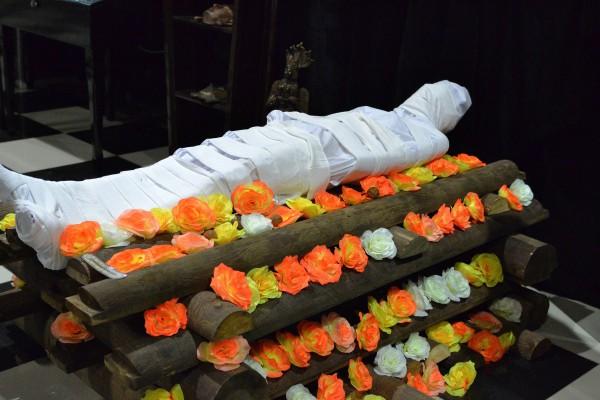 Индийские похороны – реконструкция в музее © Алёна Груя