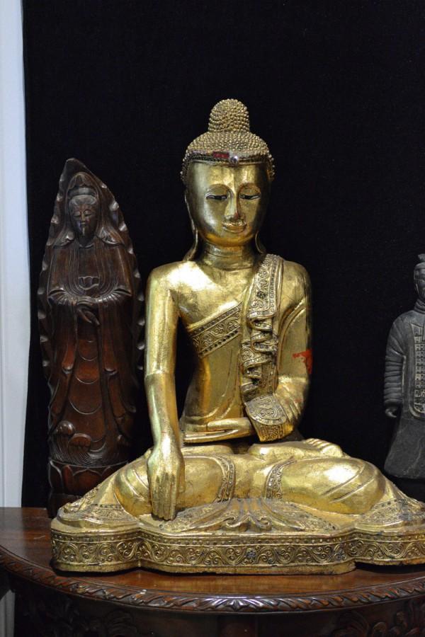 Статуя – экспонат Музея мировой погребальной культуры © Алёна Груя