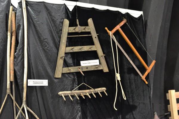 Орудия пыток – экспонаты Музея мировой погребальной культуры © Алёна Груя