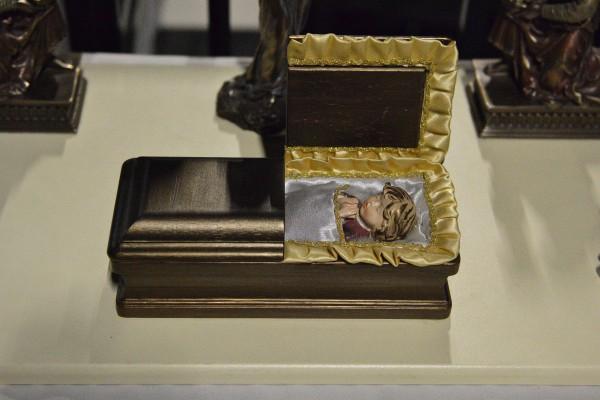 Миниатюрный гроб в Музее смерти © Алёна Груя
