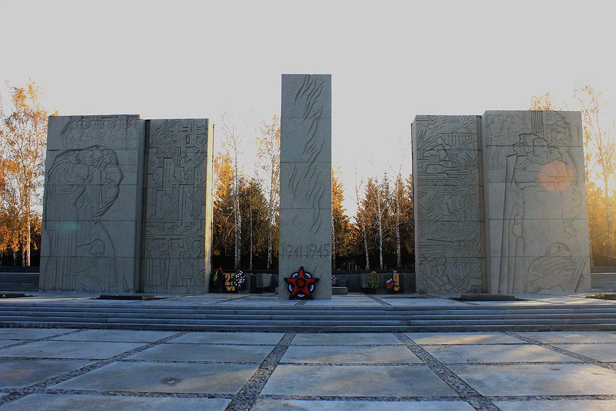 гранитные памятники купить в москве
